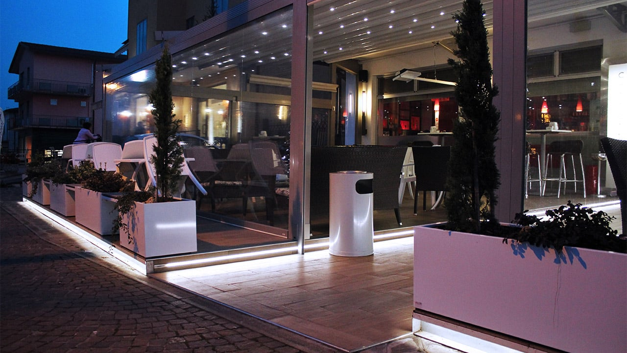 Plateatico per bar galzignano terme valori outdoor design