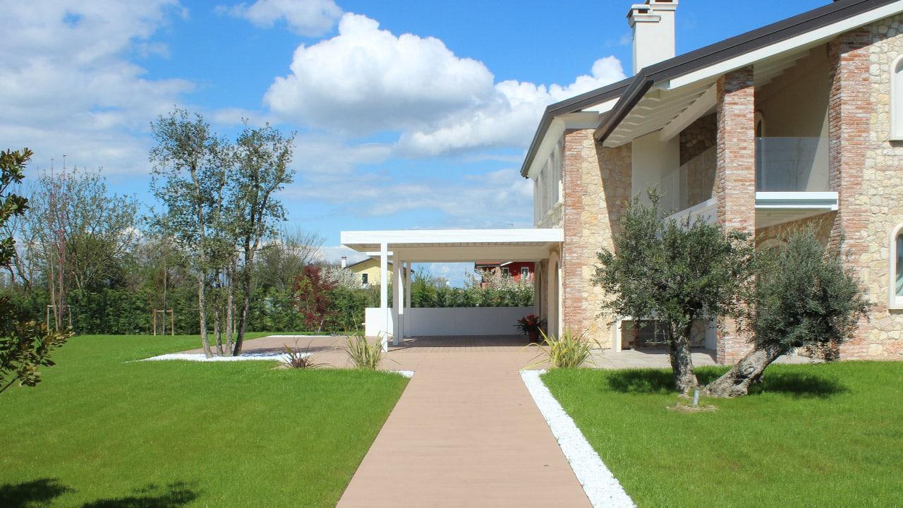 Arredo esterno villa abano terme valori outdoor design for Esterni di ville