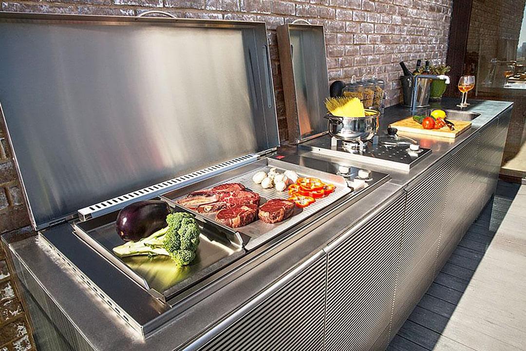 Cucine da Esterno con Elettrodomestici - Barbecue Professionali